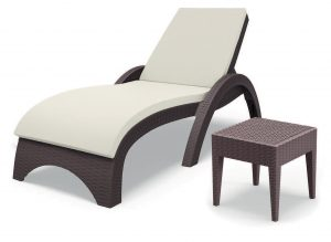 Sunbed with cushion + Table Set